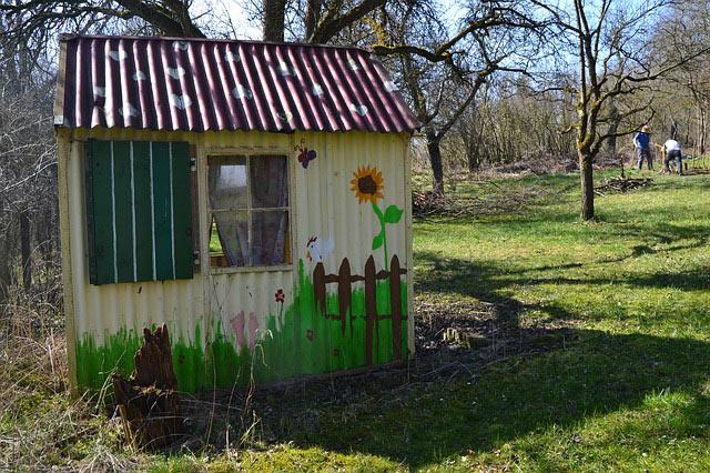 Gartenhaus renovierung erforderlich
